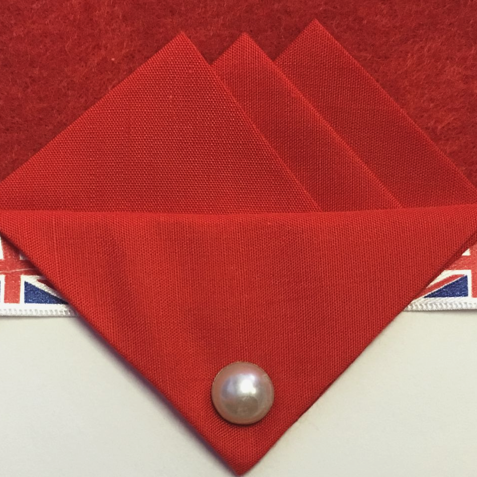 Red Three Point Pocket Hankie & Pin
